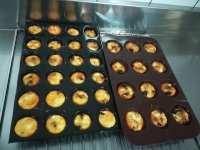 Mini clafoutis tomates séchées-chorizo-féta après